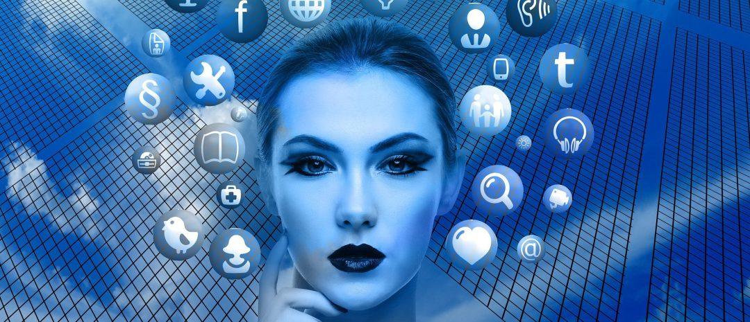 una mujer y muchas apps